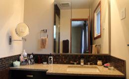 Oswald-Bathroom-2